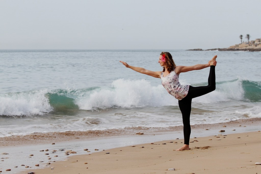 Surf camp And Yoga in
