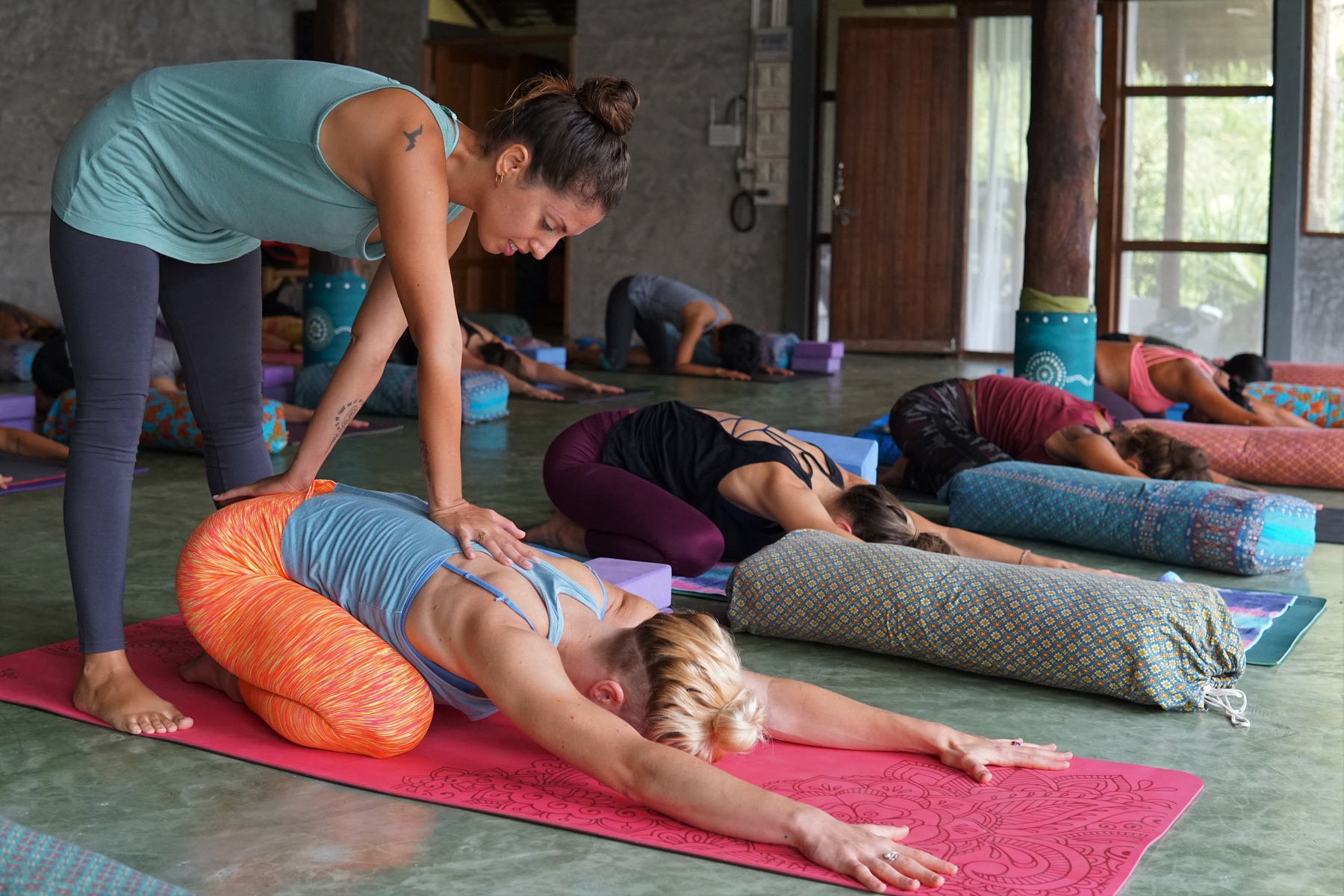 200-hrs alignment & intro to therapeutic yoga ttc at luna alignment koh phangan, thailand000121515623721.jpg