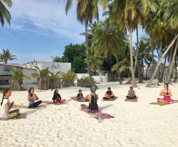 8 days  7 nights power yoga & diving retreat in unesco world biosphere baa atoll, maldives (4)1557834002.jpg