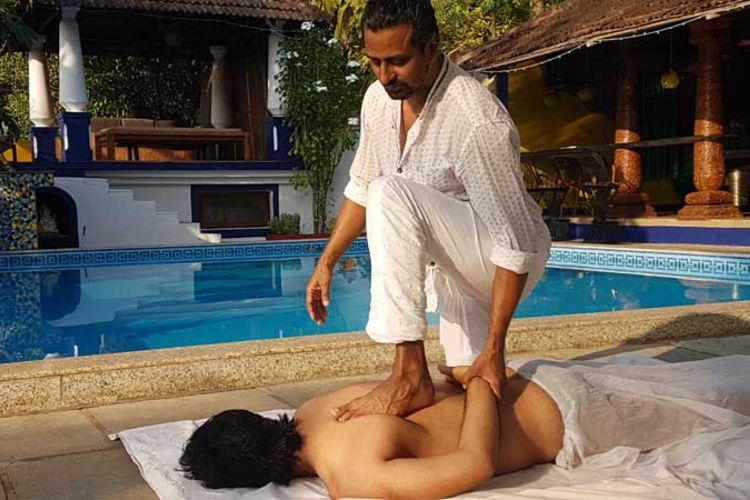 10 days ayuryoga massage training course goa, india (5)1570447686.jpg