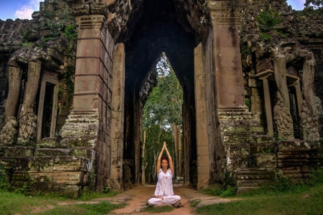 5 days  4 nights restorative yoga in siem reap, cambodia  (11)1570449403.jpg