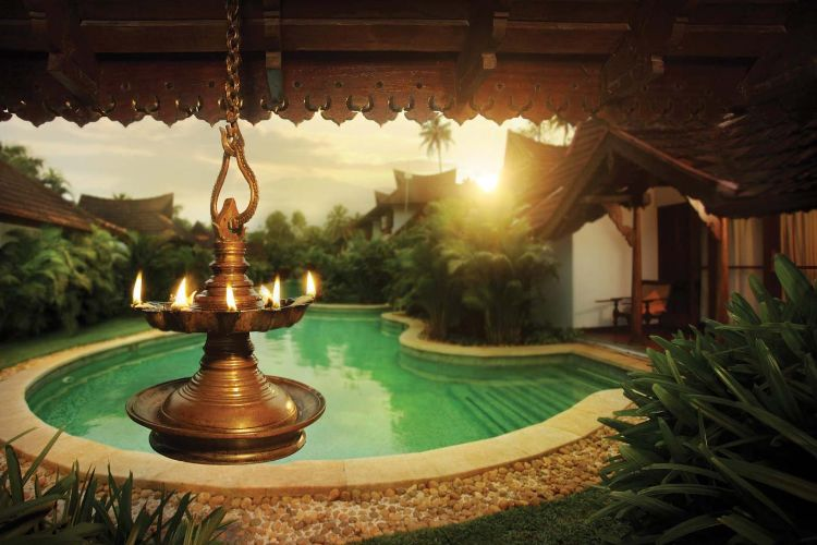 7 days ayurvedic rejuvenation package at kumarakom ayurvedic resort kerala, india111578317812.jpg