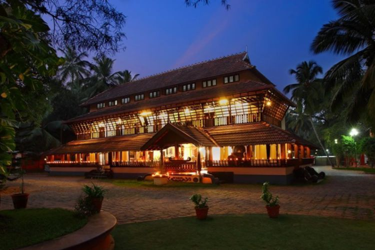3 days 2 nights ayurvedic beauty care package kerala, india51579265898.jpg